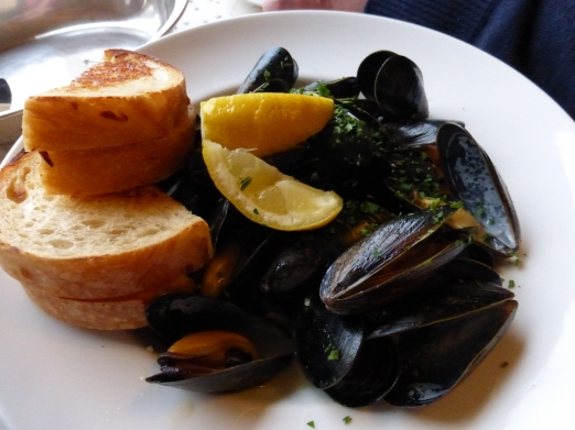Day 6 - Victoria mussels at The Veranda